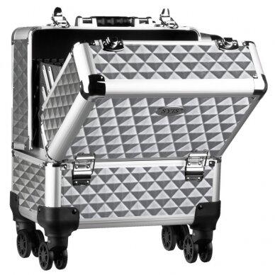 Elegantiškas manikiūro priemonių lagaminas SYIS, sidabrinis 2