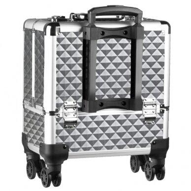 Elegantiškas manikiūro priemonių lagaminas SYIS, sidabrinis 4