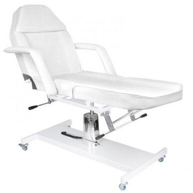 Kosmetologinė lova su ratukais BASIC 210 2