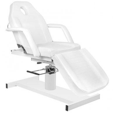 Kosmetologinis krėslas A210 su hidrauliniu mechanizmu, baltas