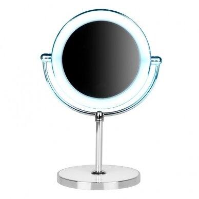 Makiažo veidrodėlis su apšvietimu MC60 2