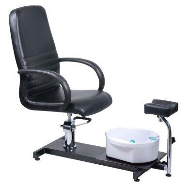 Pedikiūro krėslas su pakoju ir imontuota vonele BW-100, juodos sp.