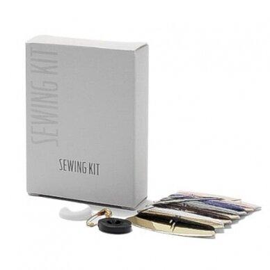 Siuvimo rinkinys ORIVA, dėžutėje